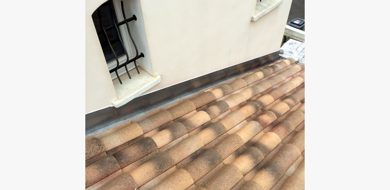 Solin de jonction en zinc la clinique du toit - Solin de toit ...